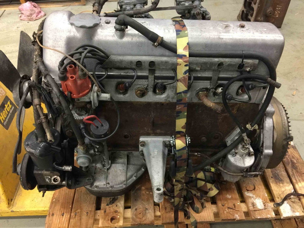 Mercedes benz m180 m 180 220s w180 engine weber carbs for Mercedes benz engines for sale