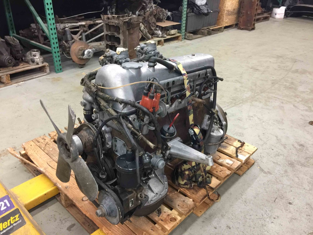 Mercedes For Sale >> Mercedes Benz M180 M 180 220s W180 Engine Weber Carbs ...