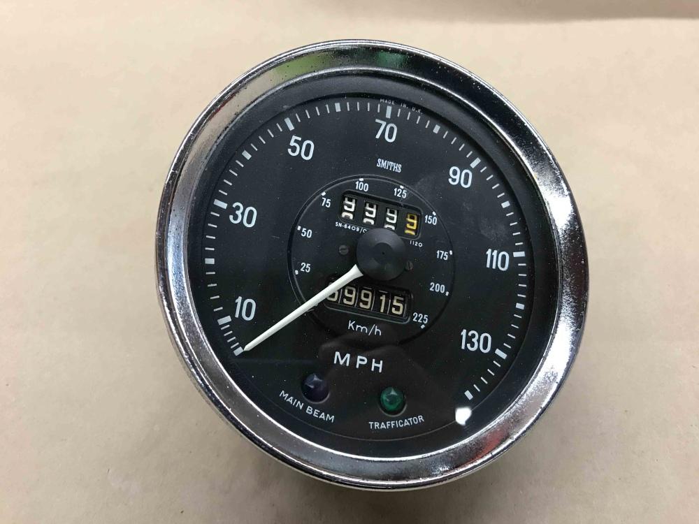 Triumph TR250 TR6 SMITHS Speedometer Speedo MPH Gauge SN